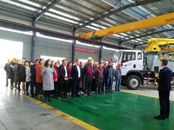 机械师付:混凝土机械设备hou市场的开放共赢pingtai